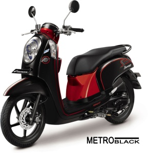 honda-scoopy-fi-sporty-metro-black