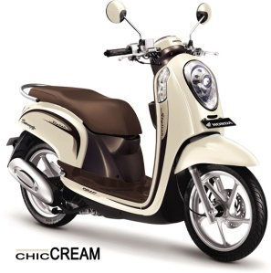 honda-scoopy-fi-stylish-chic-cream
